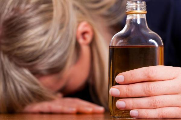 В Петровском районе пьющую мать лишили родительских прав