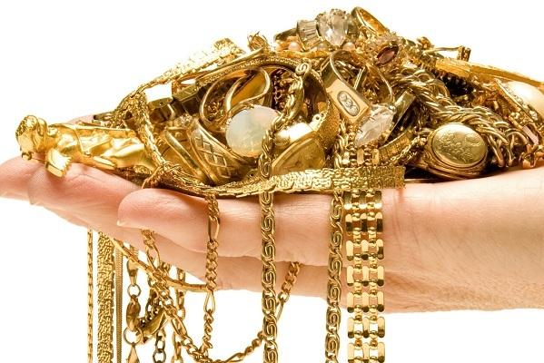 В Тамбове квартирантка украла у пенсионерки золотые украшения