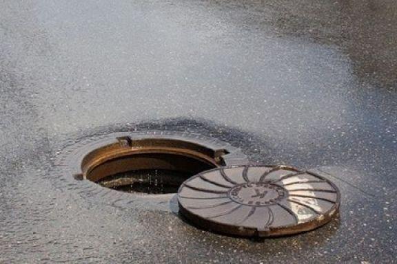 В Тамбове задержали вора, промышлявшего кражей канализационных люков