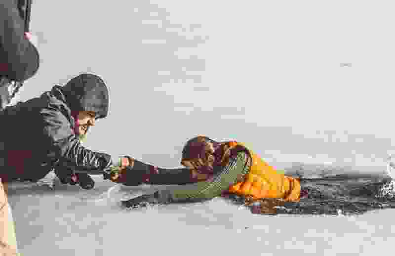 В Тамбовской области женщина спрыгнула с моста в реку: ее забрала скорая