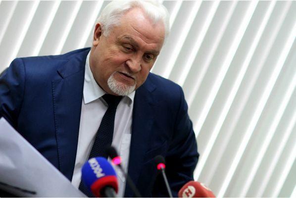 Евгений Матушкин рассказал о самых обсуждаемых законах, принятых в областной Думе