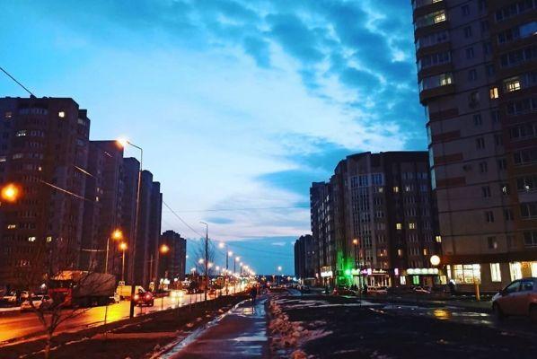 """Ночной обзор: высокий риск распространения коронавируса, ликвидация микрорынка на """"Динамо"""", налог на роскошь"""