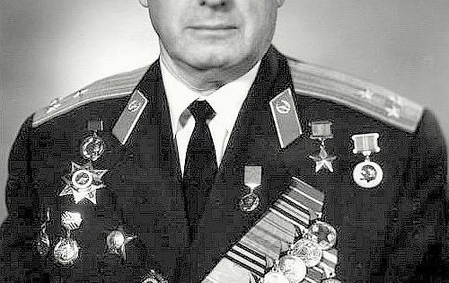 Легендарный снайпер Владимир Пчелинцев Великой Отечественной войны жилвБалашихе