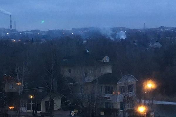 На Рассказовском шоссе полностью сгорел дачный домик