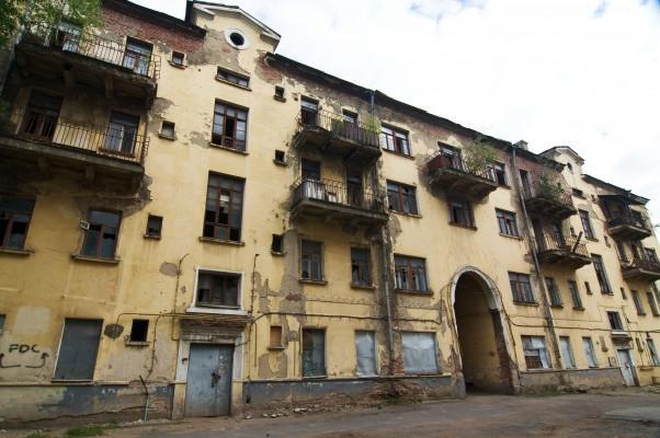 Прокуратура понуждает администрацию Тамбова ускорить снос аварийных домов в центре города
