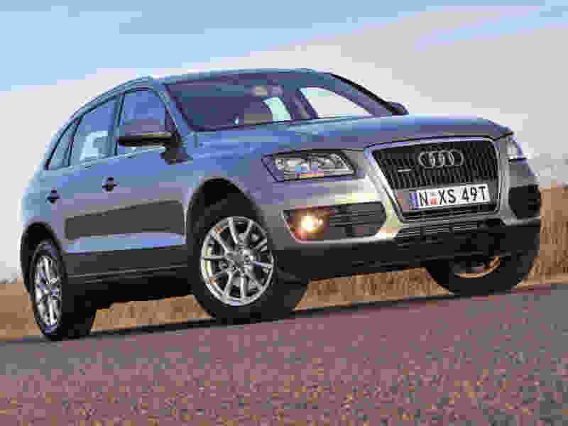 У тамбовчанина за долги по кредитам приставы арестовали Audi Q5