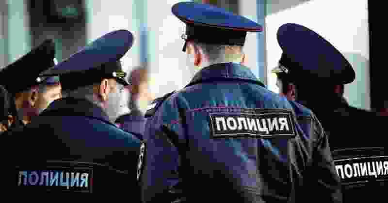 В Тамбовской области полицейского приговорили к 4,5 годам колонии за избиение задержанного и угрозу убийством