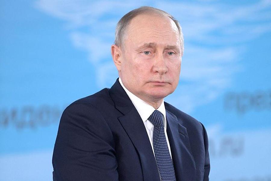 Владимир Путин примет участие в экстренном саммите по коронавирусу