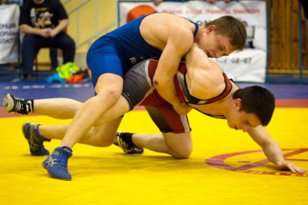 Юниоры из ЦФО в Тамбове определят сильнейших на соревнования по греко-римской борьбе
