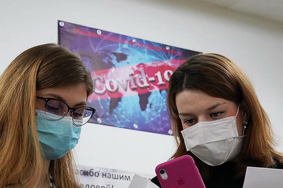 Обзор за неделю: первые пациенты Центра лечения пневмоний, увольнение главврача облбольницы, доходы депутатов