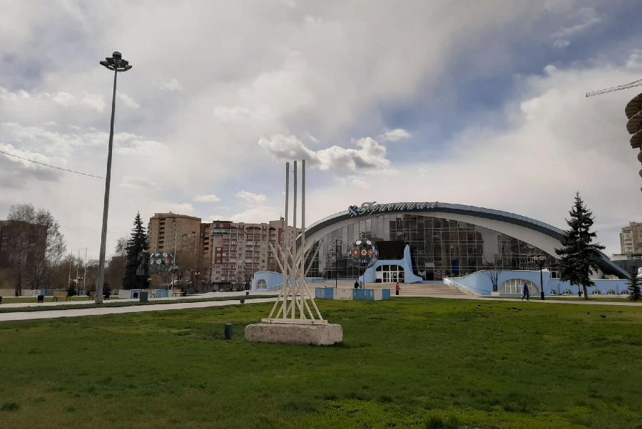 Россиян призвали оставаться дома в майские праздники
