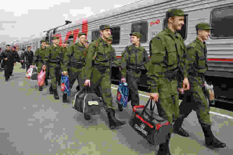 Тамбовские призывники отправятся на службу после 20 мая