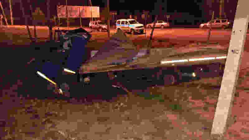 В Тамбовской области ночью столкнулись два грузовика: один человек погиб