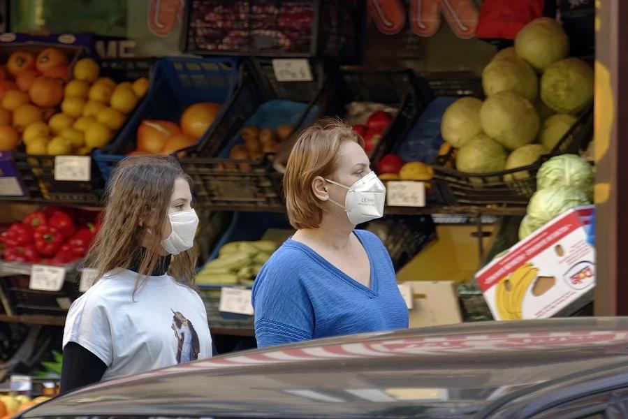 Магазинам разрешили не обслуживать покупателей без масок