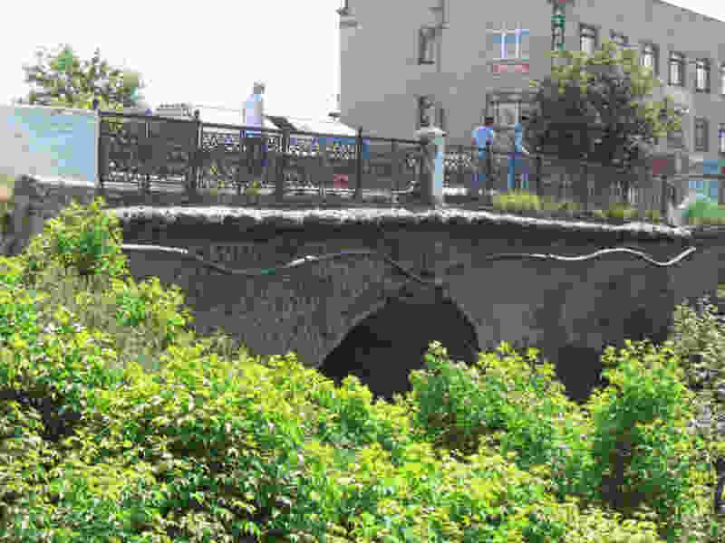 Мост на Базарной в стадии поиска подрядчиков для переноса коммуникаций