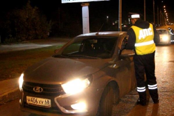 Пьяный тамбовчанин угнал машину подруги, пока девушка спала