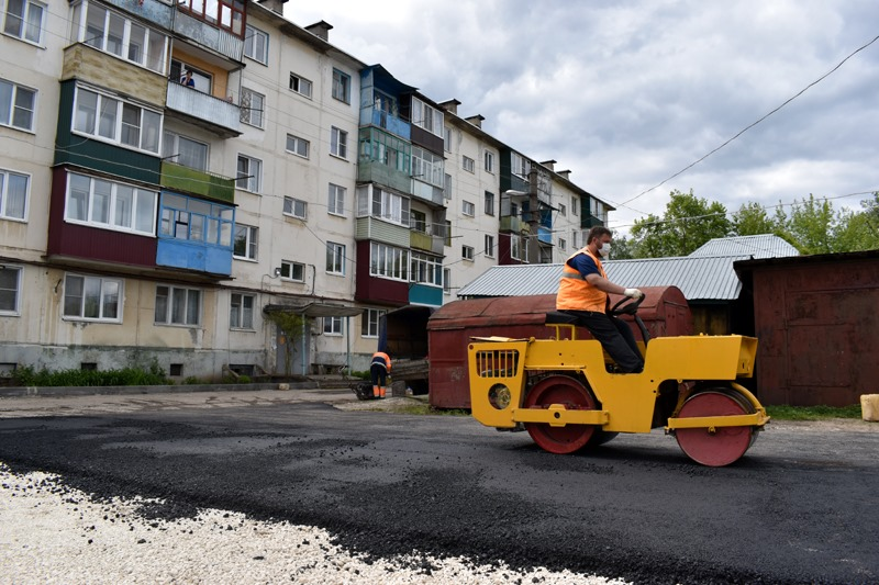 В Моршанске продолжают благоустраиваться дворовые территории