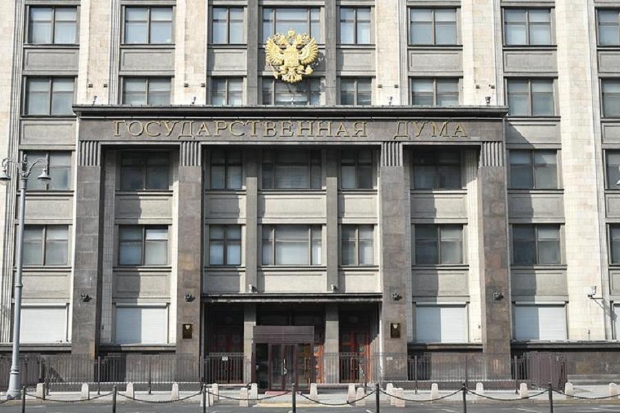 В России приняли закон о неотложных мерах поддержки экономики