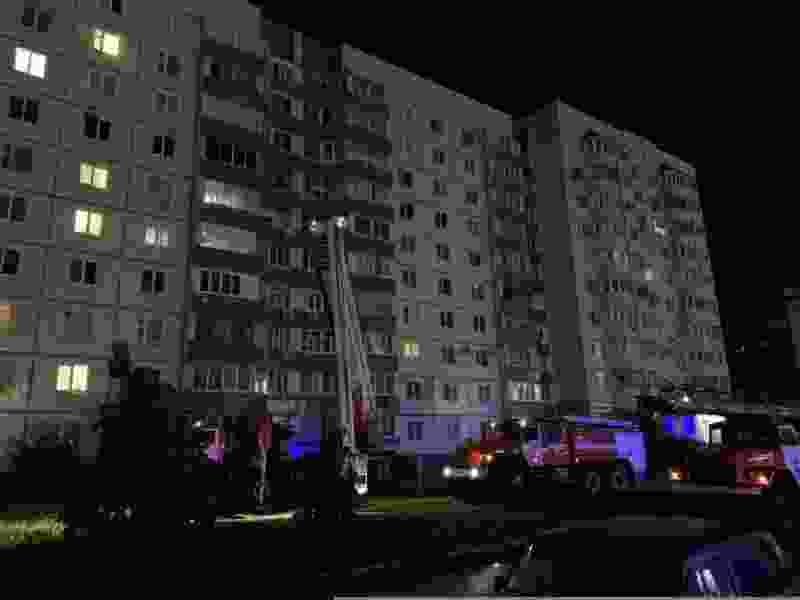 В Тамбове ночью загорелась двушка: эвакуировали 30 человек