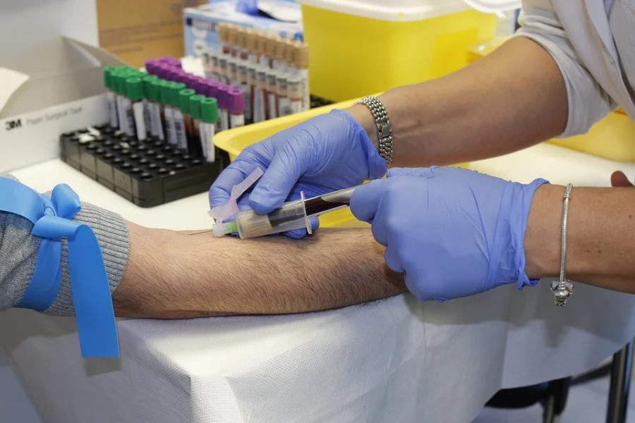 Эксперты подтвердили связь между группой крови и тяжестью коронавируса