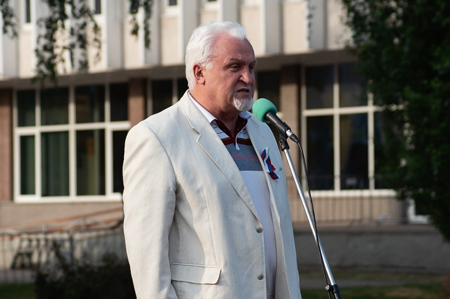 Евгений Матушкин поздравил тамбовчан с Днем молодежи