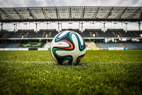 Финал Лиги чемпионов в Санкт-Петербурге перенесен на 2022 год