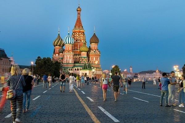 Медведев: пандемия может стать стимулом для развития туризма в России