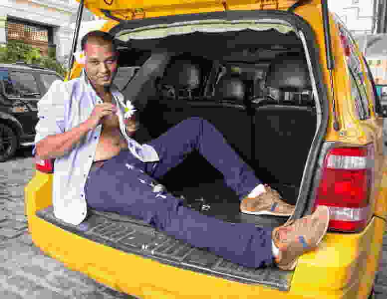Мошенник из Краснодарского края, будучи под стражей, похитил у тамбовских таксистов почти полмиллиона рублей
