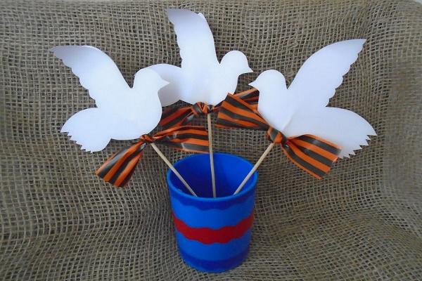 Тамбовчанам предлагают украсить парки и скверы голубями из бумаги