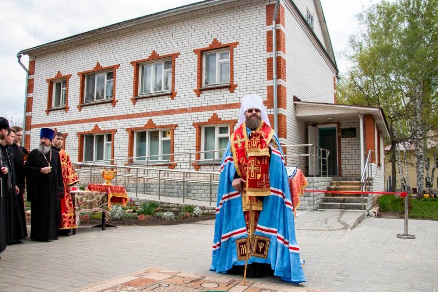 Центр помощи для женщин в Тамбовской области получил 2 млн рублей