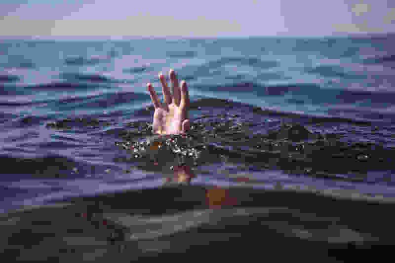 В городе Рассказово Тамбовской области во время купания с друзьями утонул 21-летний парень
