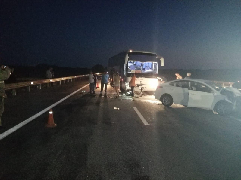 В Мичуринском районе иномарка столкнулась с автобусом