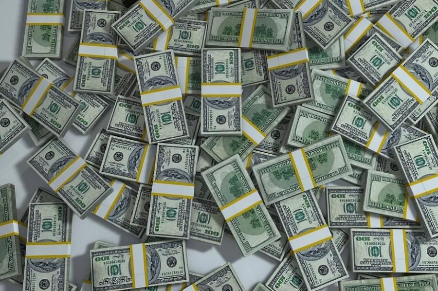 В Моршанске выявили восемь фальшивых банкнот номиналом 100 долларов