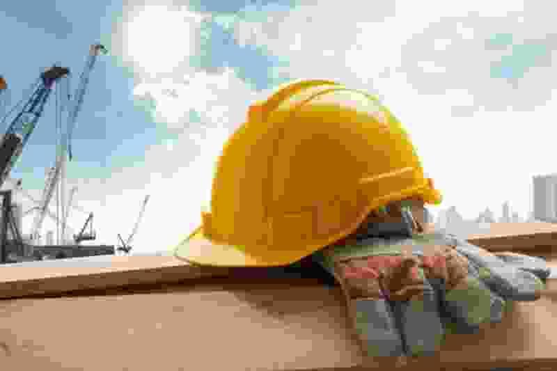 Возбуждено уголовное дело на компанию, которая три года не может достроить многоэтажку под Тамбовом