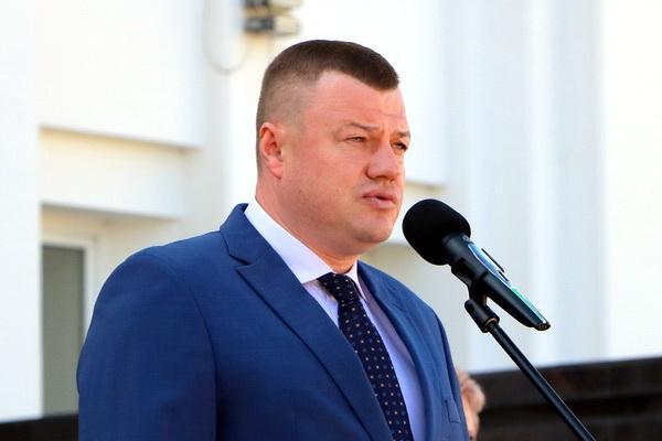 Александр Никитин поздравил военнослужащих с Днём ВМФ