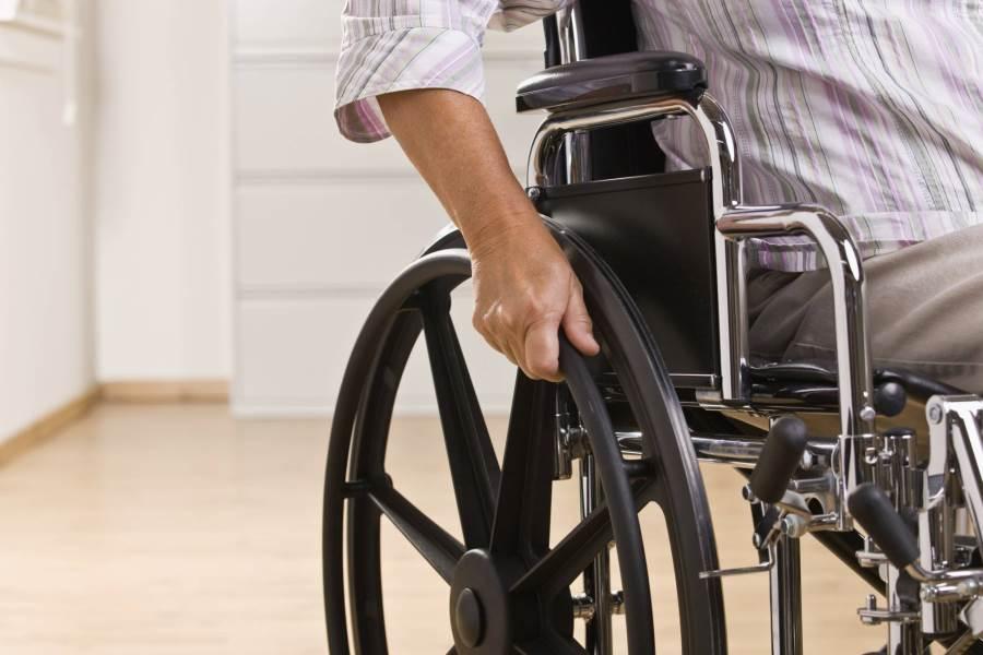 Для тамбовских инвалидов закупили 486 кресел-колясок