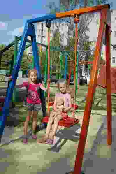 На Весенней, 22 заменили теплосети и обновили детскую площадку