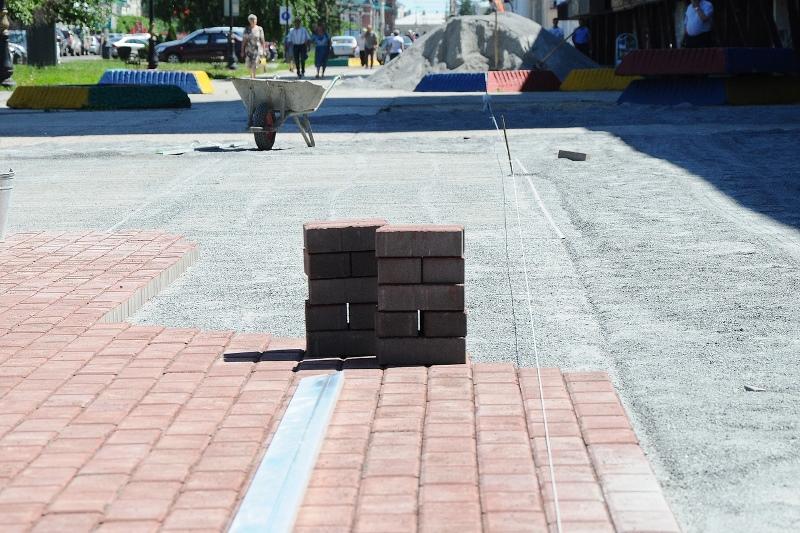 Тамбовчане во время ремонта городских дорог воруют со стройплощадок всё, что могут унести