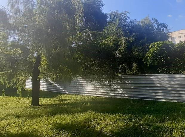УФАС установило, что участок на Чичканова, 131А продан незаконно