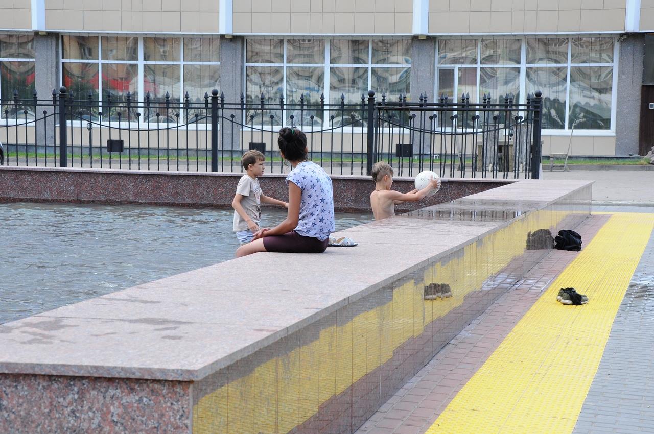 В Тамбове объяснили, почему нельзя купаться в городских фонтанах