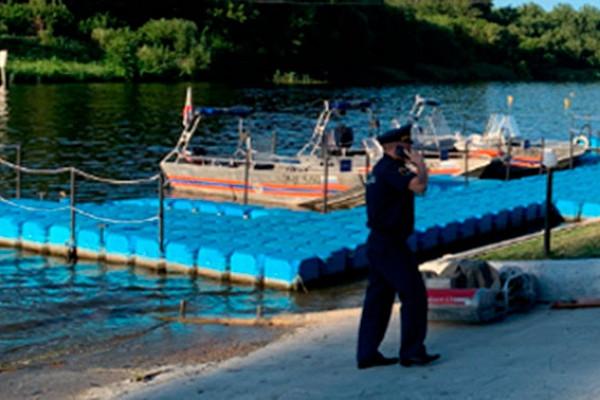 ВТамбове перевернулась лодка слюдьми