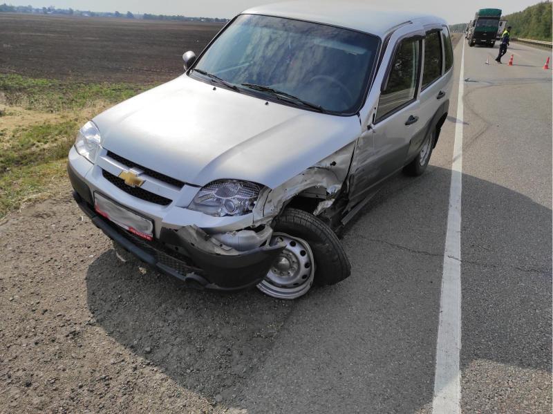 """18-летний водитель разбил """"Мерседес"""" в Первомайском районе"""