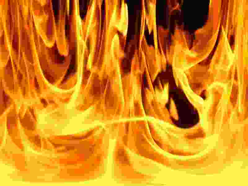 Бывшая жена мичуринского бизнесмена несколько раз поджигала его иномарку – ущерб больше 1 млн рублей
