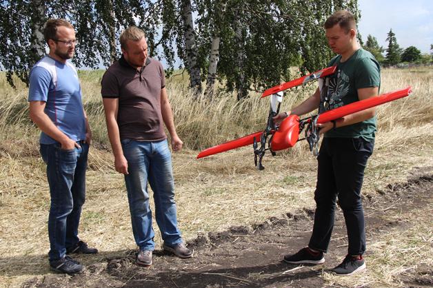 Дроны впервые обработали тамбовские поля от вредителей