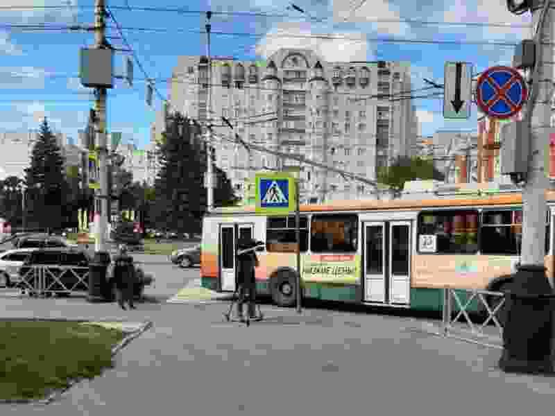 Из-за сломавшегося троллейбуса в центре Тамбова образовалась пробка