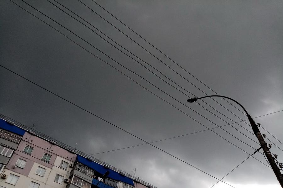 МЧС предупреждает о грозе и усилении ветра в Тамбовской области в ближайшие часы