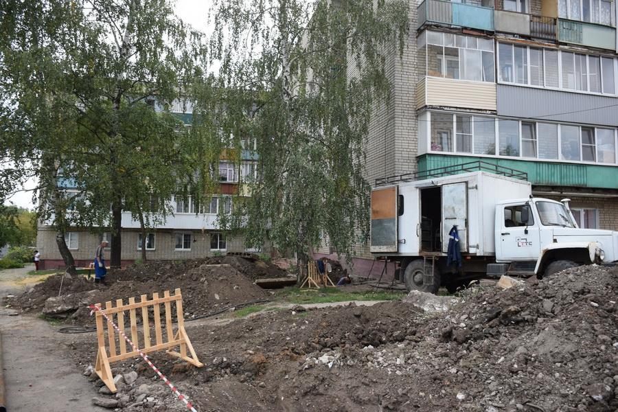 На улице Новикова-Прибоя завершили ремонт инженерных сетей