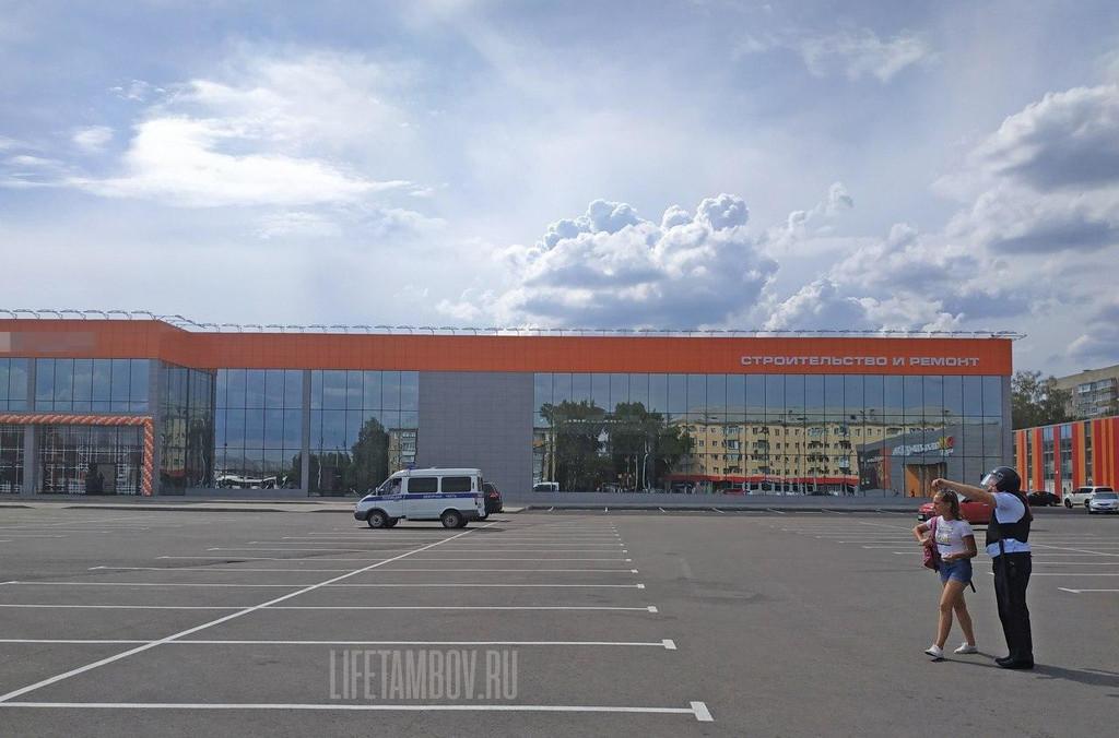 Открытие крупного ТЦ у «старого» вокзала на улице Мичуринской в Тамбове сорвалось из-за сообщения о взрывчатке