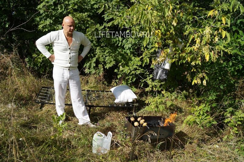 Продолжение следует… Многодетный отец из Тамбовской области ушёл ждать приёма у вице-губернатора в лес – фоторепортаж LifeTambov.ru