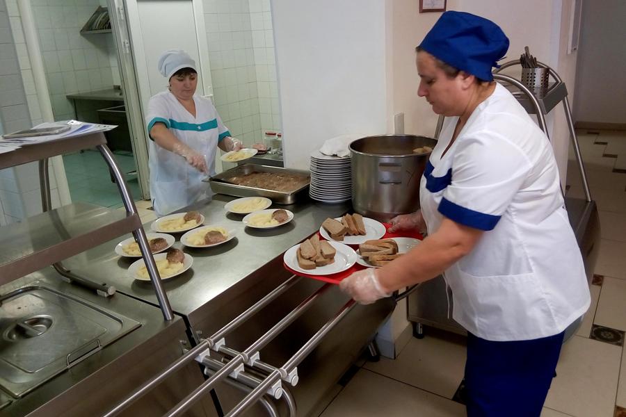 Тамбовская область направит более 150 млн рублей на горячее питание школьников